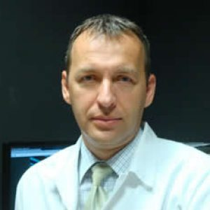 Autor: Dr. Norbert CZUMBEL – medic primar oftalmolog, Spitalul Jahn Ferenc Budapesta, Ungaria și Clinica Medsystem Oradea